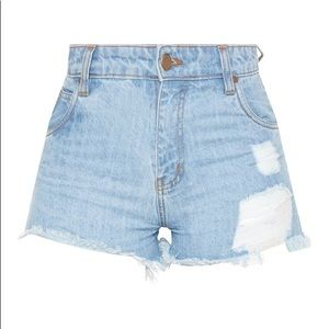 PRETTYLITTLETHING Tall Distressed Denim Shorts